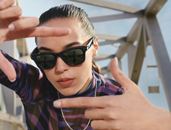 Facebook and Ray-Ban Debut 'Stories' Smart Glasses With Facebook Voice Assistant